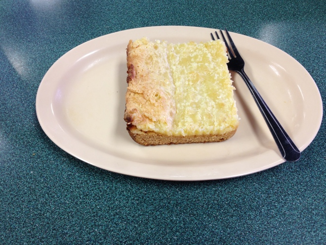 Ooey Gooey Cake, catfish charlie's, monroe louisiana